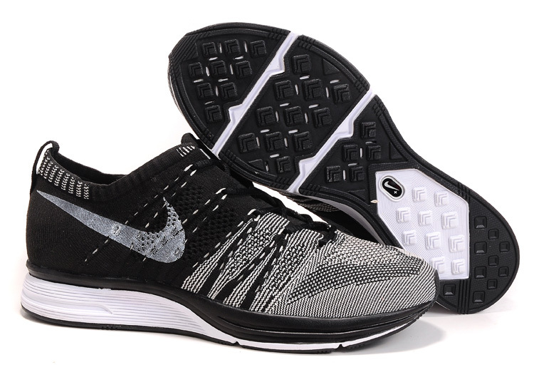 nike flyknit cross trainer