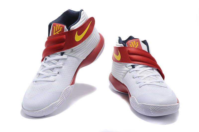 Men Nike Kyrie II Basketball Shoes 245 .