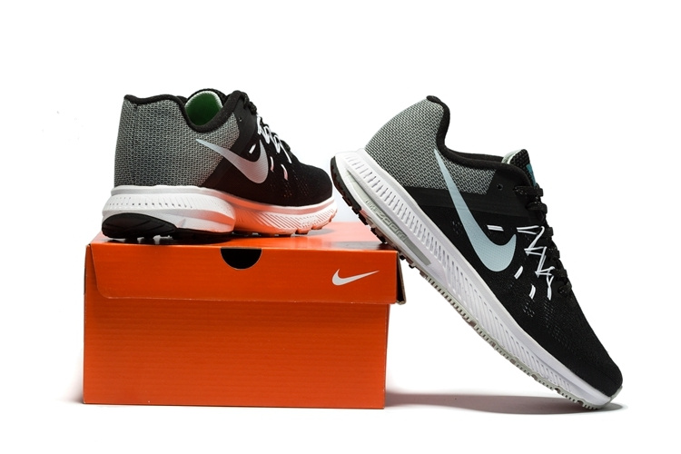 ... Men Nike Zoom Winflo Running Shoe 237