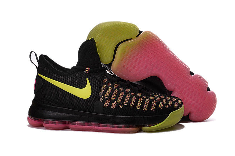 nike kd for women Kevin Durant shoes on