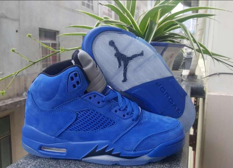 Women Sneaker Air Jordan V Retro 246