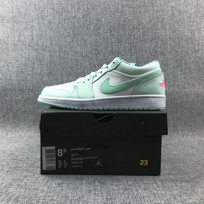 Women Sneaker Air Jordan 1 Retro Low AAA 494