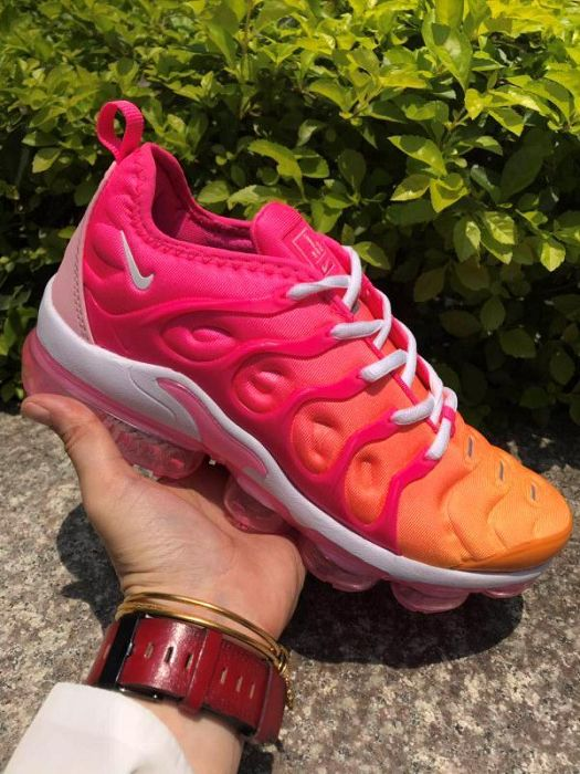 Women Nike Air VaporMax Plus Sneaker 234