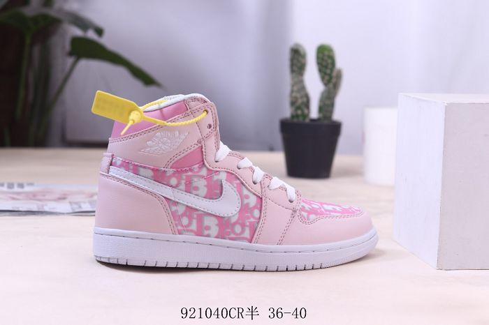Women Air Jordan 1 Retro Sneaker AAAA 643