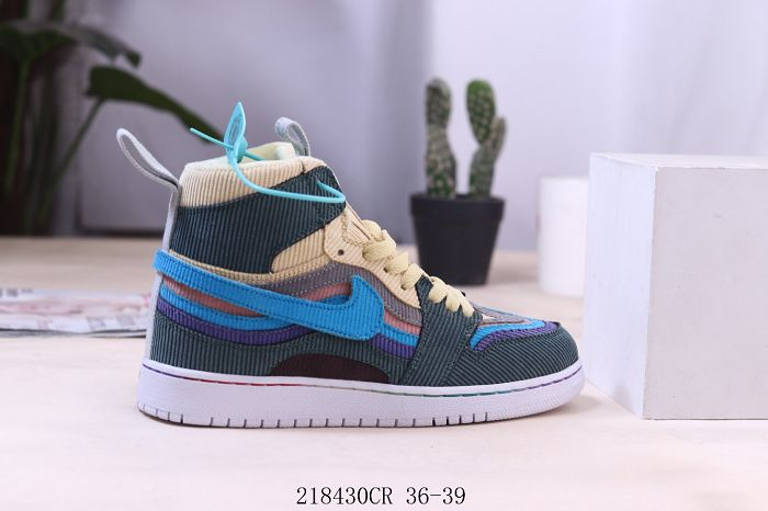 Women Air Jordan 1 Retro High Premium Sneaker AAA 644