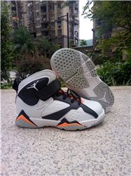 Kids Air Jordan VII Sneakers 217