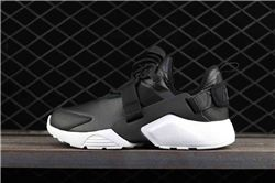 Men Nike Air Huarache City Low Running Shoe A...