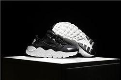 Kids Nike Huarache Sneaker 262