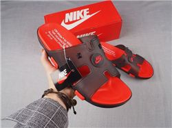 Men Off White Nike Slipper 305