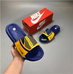 Men Nike Benassi Solarsoft Ssndals 313