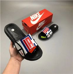 Men Nike Benassi Solarsoft Ssndals 314