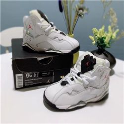 Kids Air Jordan VII Sneakers 222