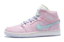 Women Air Jordan 1 Retro Sneaker 618