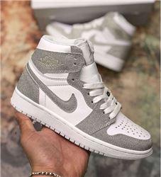 Women Air Jordan 1 Retro Sneaker 620