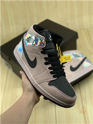Women Air Jordan 1 Retro Sneaker AAAAA 670