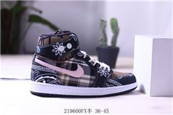 Women Air Jordan 1 Retro Sneaker AAA 676