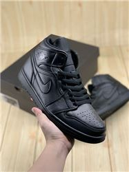 Women Air Jordan 1 Retro Sneaker AAAA 678