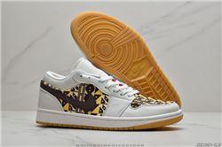 Women Air Jordan 1 Retro Sneaker AAA 723