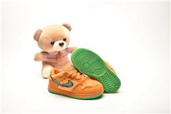 Kids Nike Dunk SB Sneakers 212