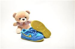 Kids Nike Dunk SB Sneakers 215
