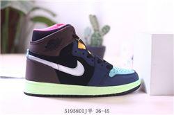Women Air Jordan 1 Retro Sneaker AAA 727