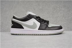 Women Air Jordan 1 Retro Low Sneaker 740
