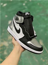 Women Air Jordan 1 Retro Sneakers AAAAA 758