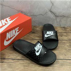 Women Nike Slipper 301