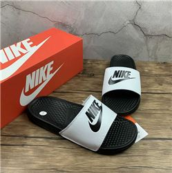 Women Nike Slipper 306