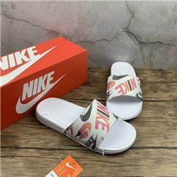 Women Nike Slipper 310