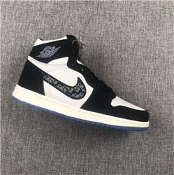 Women Air Jordan 1 Retro Sneakers AAAAA 819